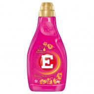 E Perfume Deluxe Love Skoncentrowany płyn do zmiękczania tkanin 900 ml (30 prań)